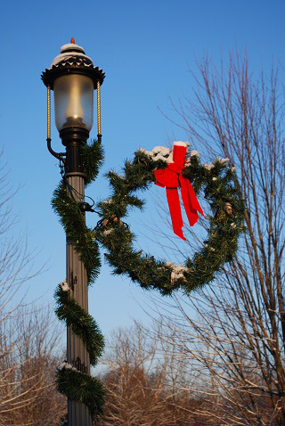 Wreath on a lamp post